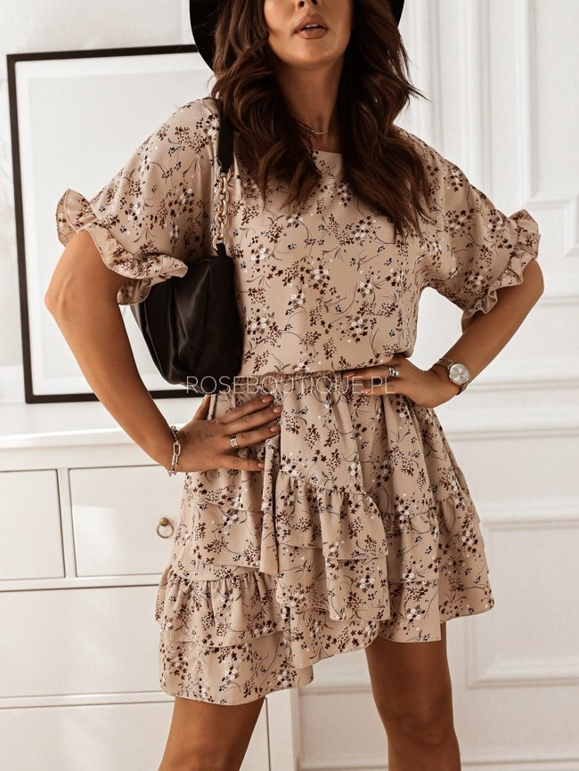 Beige dress with flowers with short sleeves