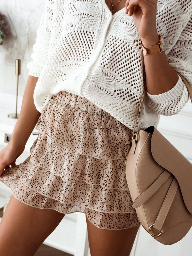 Beige skirt with burgundy print