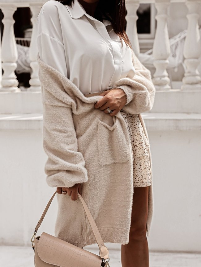 Beige soft cardigan with pockets