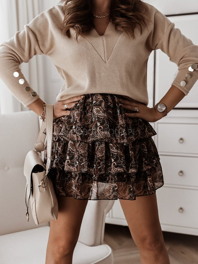 Black chiffon skirt with a caramel pattern
