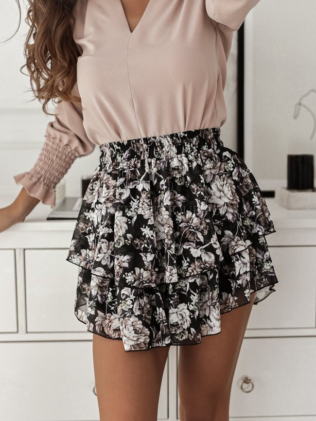 Black chiffon skirt with flowers