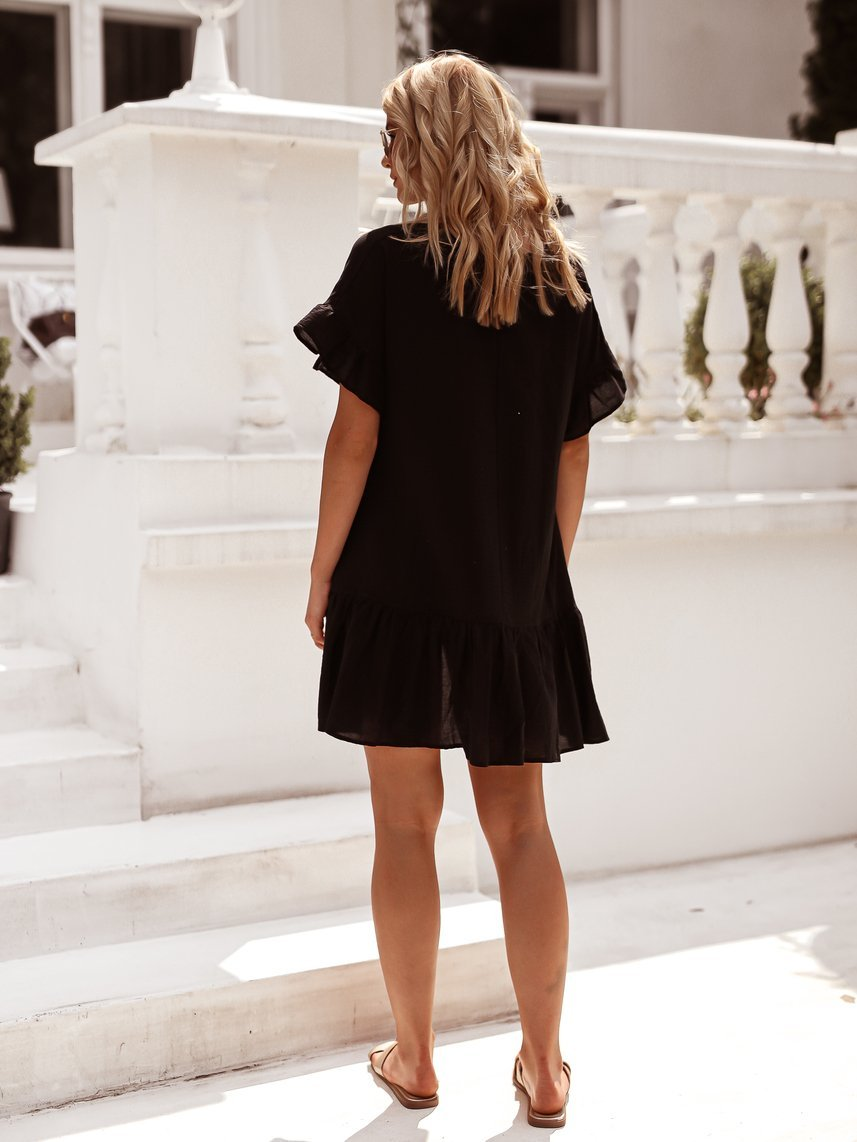 Black cotton dress with a tie