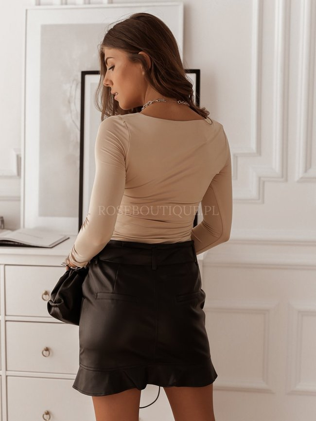 Black eco leather skirt with a frill