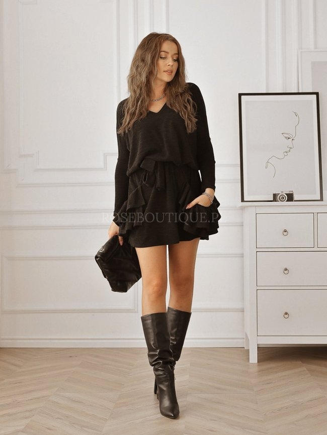 Black sweater dress with pockets