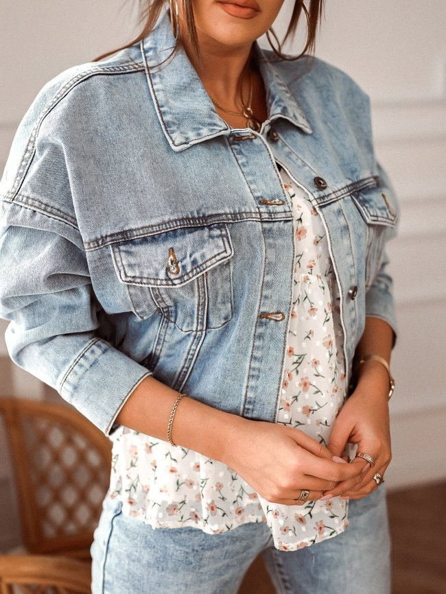 Denim jacket with welt