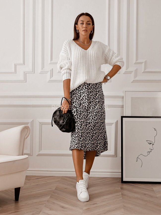 Gray asymmetric midi skirt with leopard print