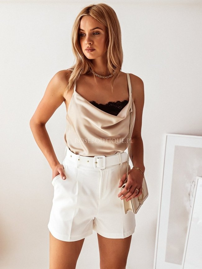 High-waisted white fabric shorts