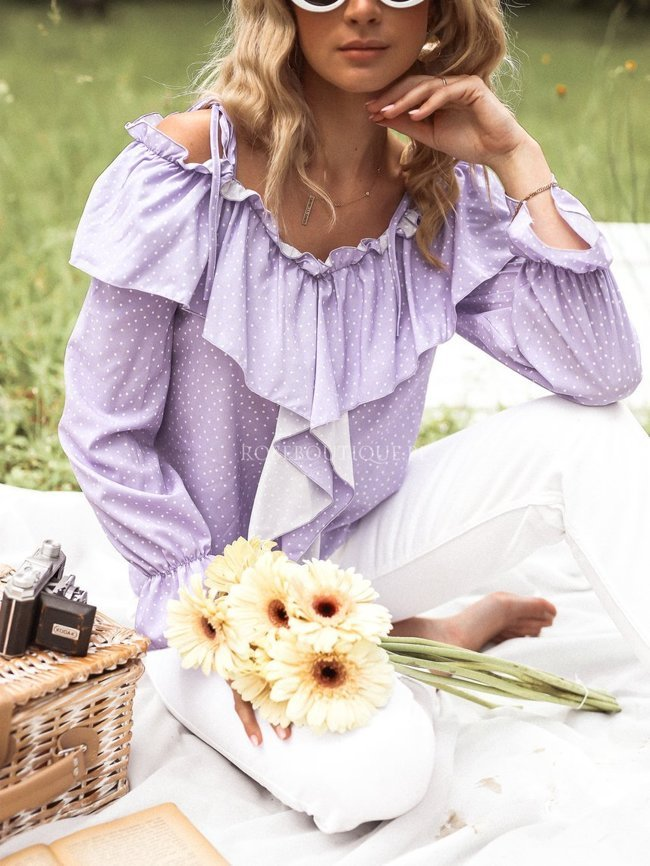 Lilac blouse with bare shoulders and dots