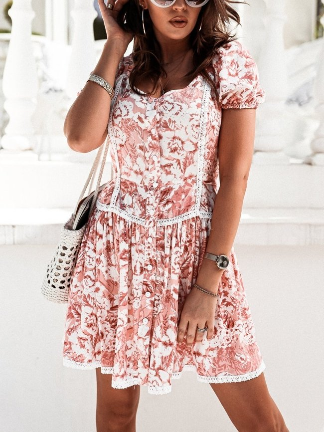 Pink dress with puffy sleeves
