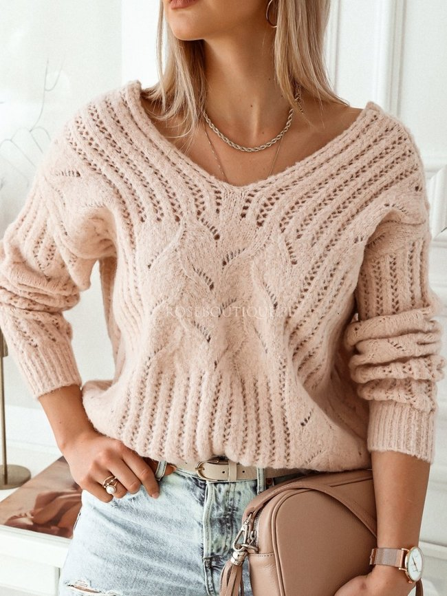 Pink sweater with gold thread