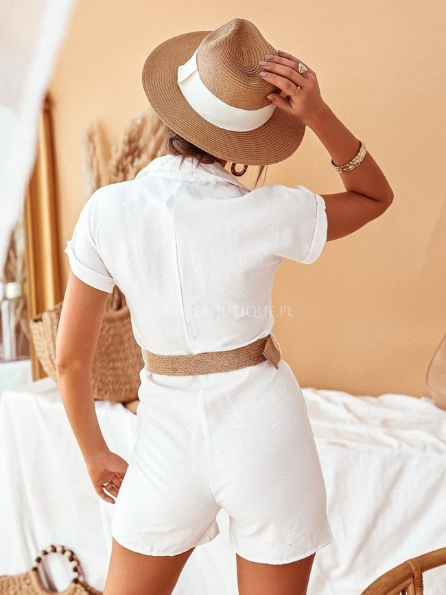Suit with belt - Creamy