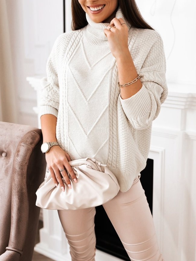 Turtleneck sweater with embossing - Light beige