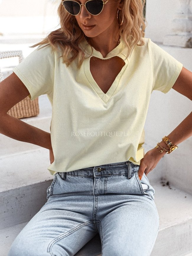 V-neck t-shirt - Pastel yellow
