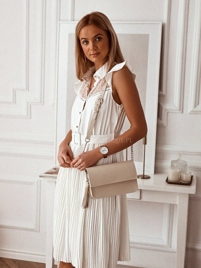 White pleated dress with a collar