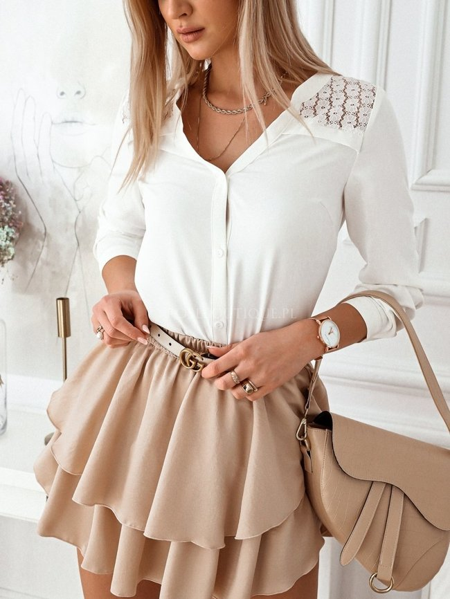 White shirt with lace decoration