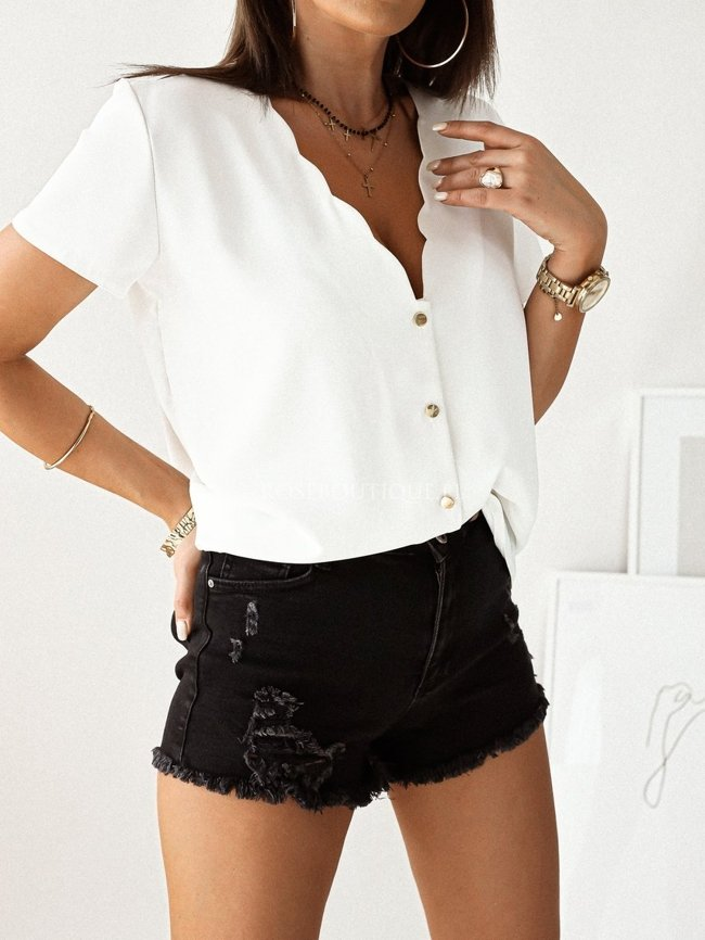 White zipped blouse with short sleeves